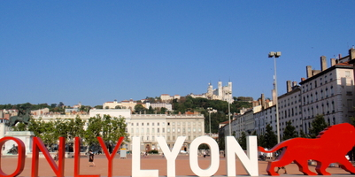 place_bellecour_lyon_gite_a_Lyon